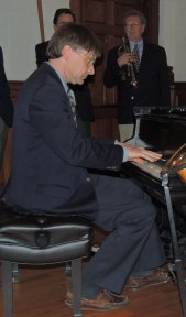 Ross Playing stride piano