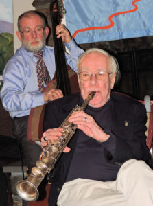 Stan on sop sax, Stu double bass