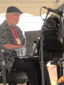 Loren Evarts on piano