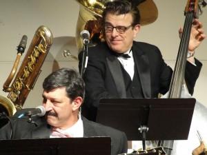 BoB Barta banjo, Vince Giordano string bass