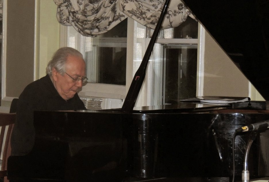 Bob Winter, pianist for the Boston Pops