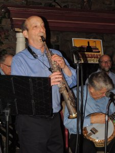Steve Straus on soprano sax with Jimmy behind him
