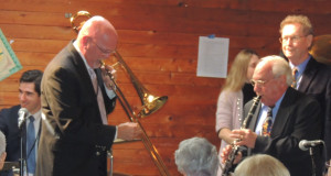 Tom trombone, Noel clarinet