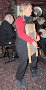 Carolyn on washboard with spoons